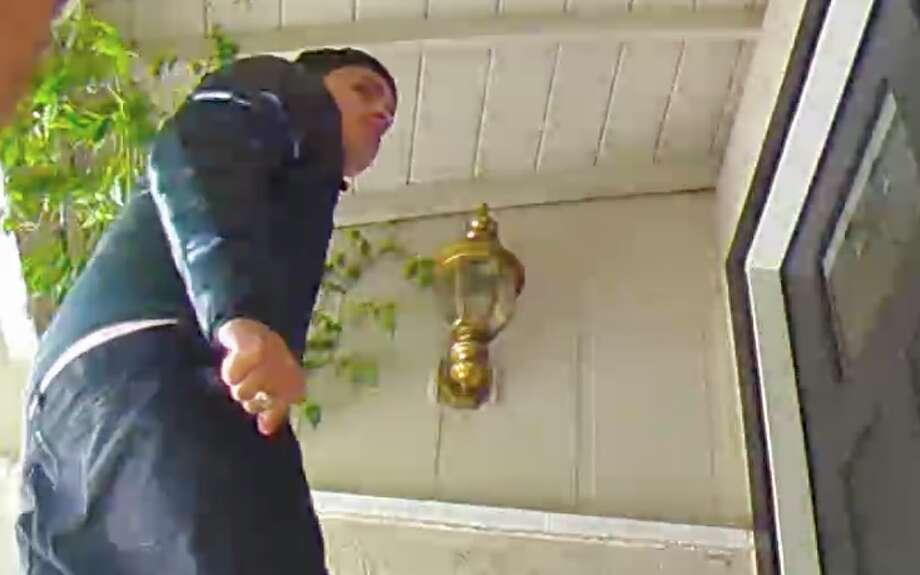 Pleasanton homeowner jumps out of shower, thwarts brazen burglary attempt