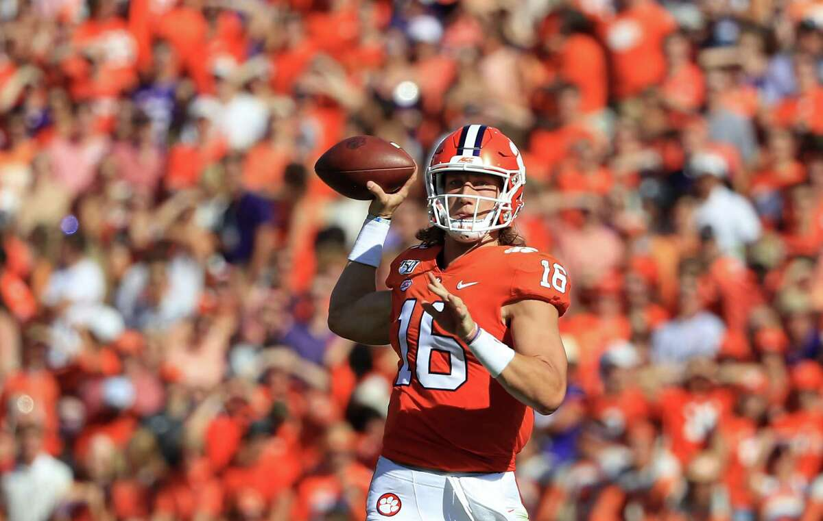 CLEMSON, SOUTH CAROLINA - SEPTEMBER 07: Trevor Lawrence #16 of the Clemson Tigers drops back to pass against the Texas A&M Aggies during their game at Memorial Stadium on September 07, 2019 in Clemson, South Carolina. (Photo by Streeter Lecka/Getty Images)