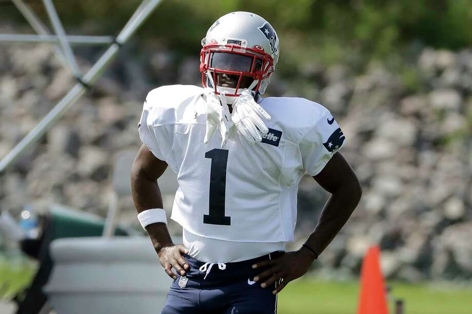 New England Patriots wide receiver Antonio Brown pauses while working out during NFL football practice, Wednesday, Sept. 11, 2019, in Foxborough, Mass. Brown practiced with the team for the first time on Wednesday afternoon, a day after his former trainer filed a civil lawsuit in the Southern District of Florida accusing him of sexually assaulting her on three occasions. (AP Photo/Steven Senne) Photo: Steven Senne / Copyright 2019 The Associated Press. All rights reserved