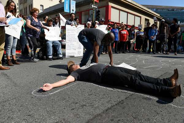 'No more traffic deaths,' SF residents chant in demonstration for pedestrian safety