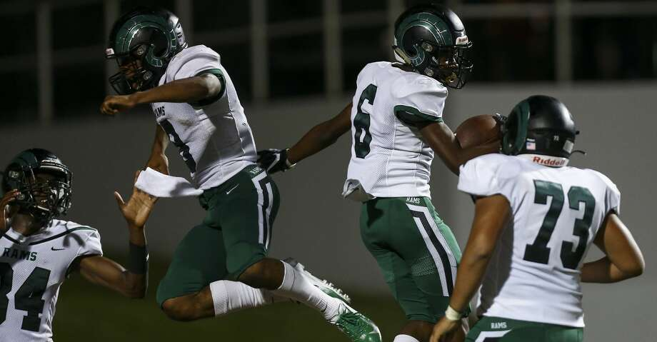 Mayde Creek High School wide receiver Eddie Harrell (6) ceebrates with teammates after scoring a 64-yard touchdown against Nimitz High School during the third quarter of the game at Thorne Stadium Friday, Sept. 13, 2019, in Houston. Photo: Godofredo A Vásquez
