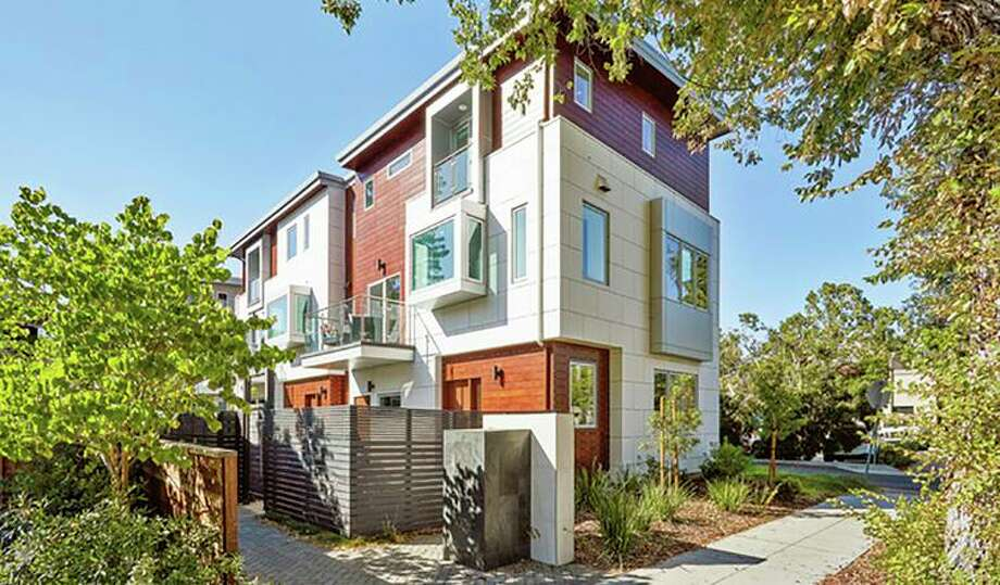 Townhome-style condo in Menlo Park's Allied Arts area open Sunday