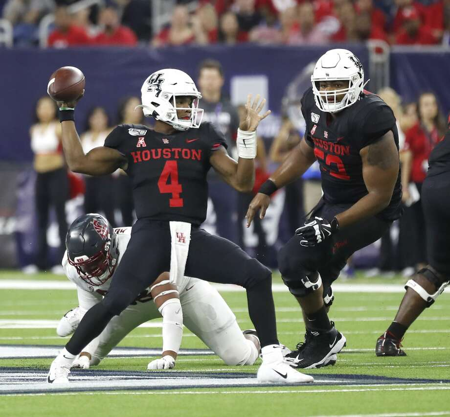 PHOTOS: UH vs. Washington State Houston Cougars quarterback D'Eriq King (4) looks to pass the ball in the first half of the AdvoCare Texas Kickoff game at NRG Stadium, Friday, Sept. 13, 2019, in Houston. >>>See photos from the Cougars' Week 2 game ... Photo: Karen Warren/Staff Photographer