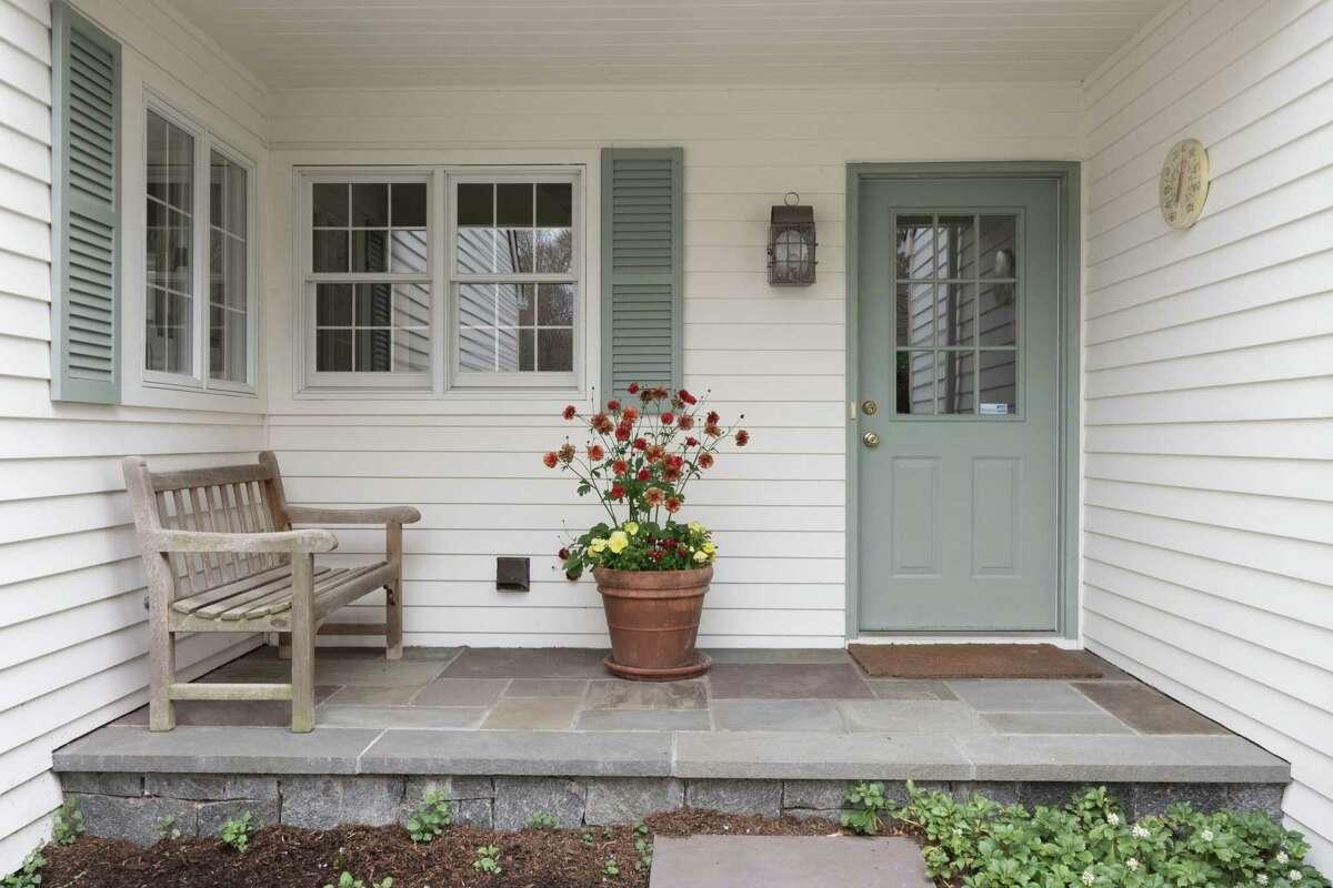 39 Marvin Ridge Place, Wilton