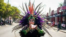 Members of Beyond the Canvas Dance  take part in the 39th annual West Side Diez y Seiz parade celebrates MexicoÕs Independence Day as well as the cityÕs strong ties to Mexican culture on Saturday, Sept. 14, 2019.  ItÕs part of a daylong celebration across the city that will be capped off with a night time river parade headed by El Rey Feo.