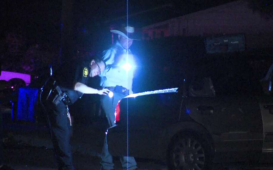San Antonio police investigate a drive-by shooting on the East Side Saturday night, Sept. 14, 2019. Photo: 21 Pro Video