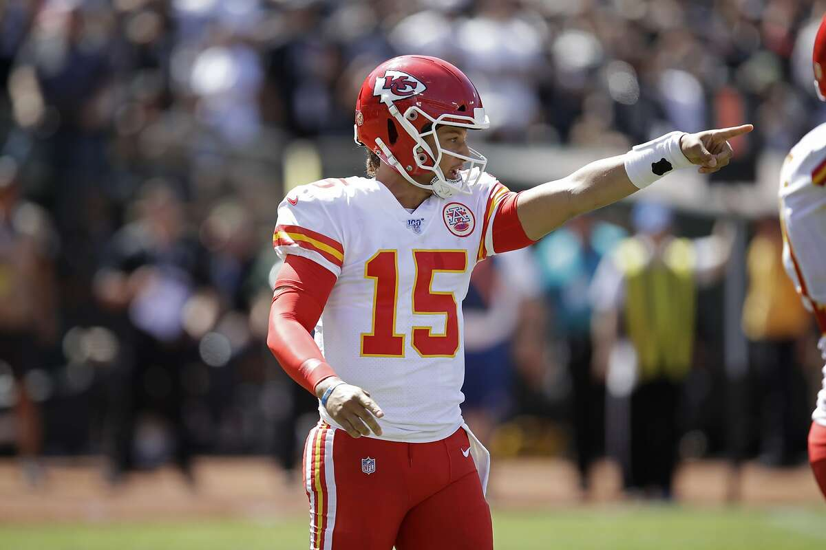Kansas City Chiefs quarterback Patrick Mahomes calls a play during the first half of an NFL football game against the Oakland Raiders Sunday, Sept. 15, 2019, in Oakland, Calif. (AP Photo/Ben Margot)