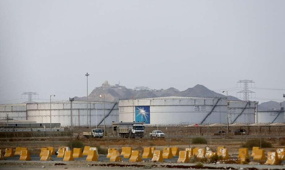 Storage tanks are seen at the North Jiddah bulk plant, an Aramco oil facility, in Jiddah, Saudi Arabia, Sunday, Sept. 15, 2019. Photo: Amr Nabil, Associated Press