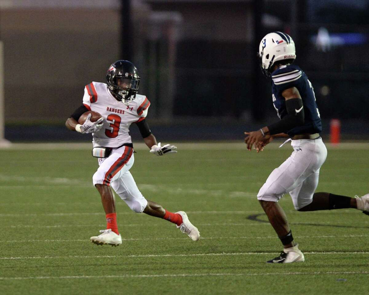 Sergio Simmons (3) of Terry advances a screen pass during the second quarter of a high school football game between the Lamar Consolidated Mustangs and the Terry Rangers on Friday, September 13, 2019 at Traylor Stadium, Rosenberg, TX.