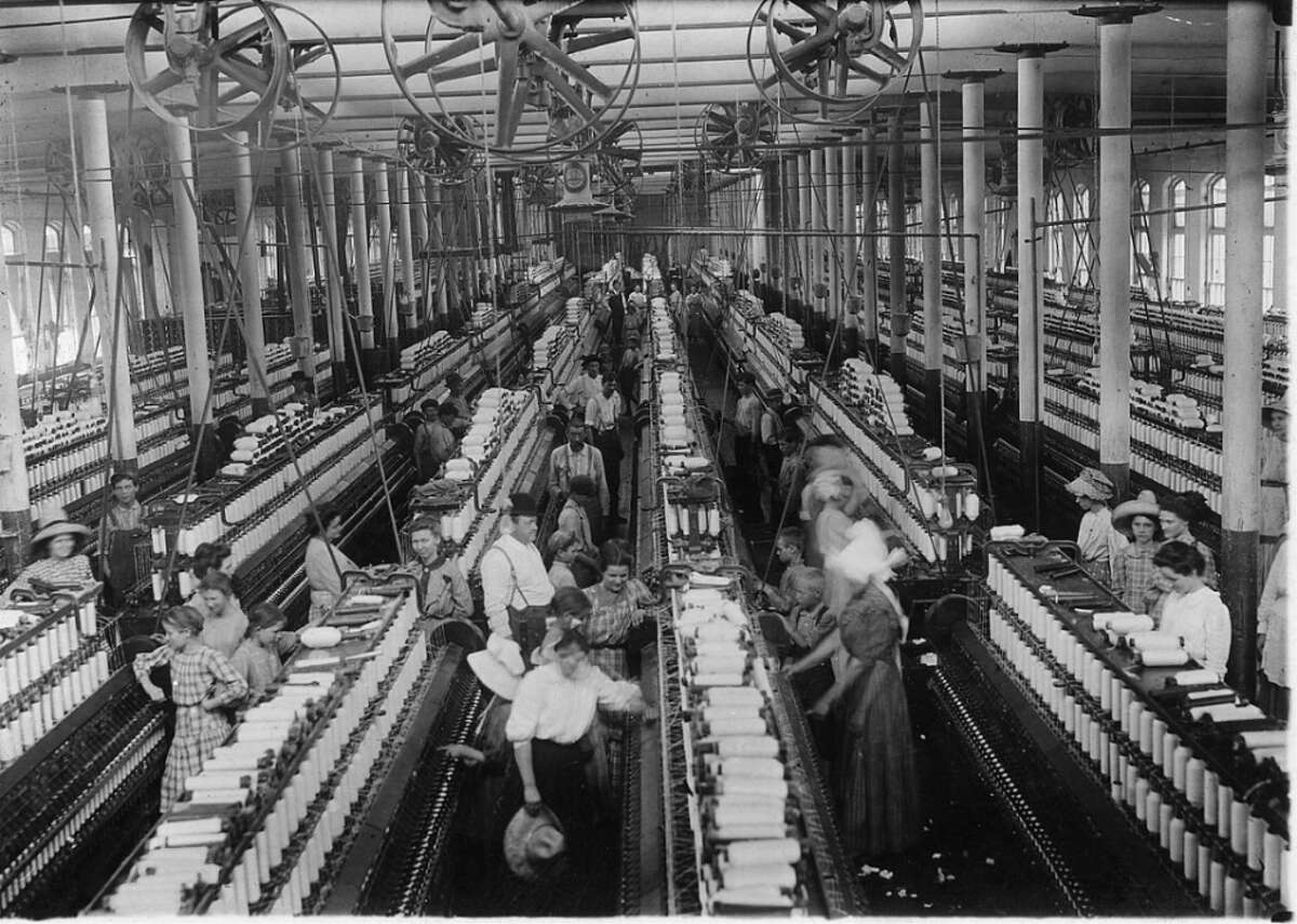 #49. Textile industries, laborers - Total employment in 1920: 169,953 Textiles and clothing manufacturing remains a potent industry in America, but jobs related to the industry have spread much farther out. Even in the 1920s, factories began moving south for cheaper labor. Today, a great deal of cloth production is handled overseas for more cost-effective prices.