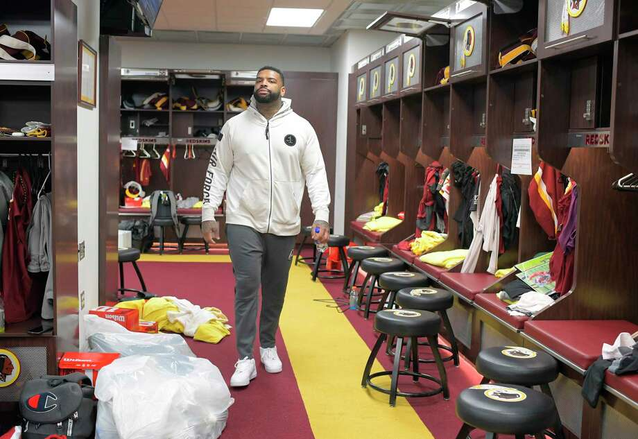 Washington Redskins offensive tackle Trent Williams has been holding out for 3 1/2 months. Photo: Washington Post Photo By John McDonnell. / The Washington Post