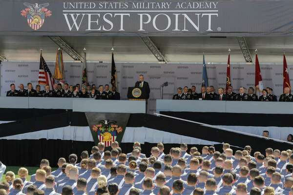 WEST POINT, NY - MAY 27: U.S. Defense Secretary Jim Mattis (C) speaks to West Point graduates during the U.S. Military Academy Class of 2017 graduation ceremony at Michie Stadium on May 27, 2017 in West Point, New York. Secretary Mattis addressed the 950 graduating cadets during the ceremony. (Photo by Eduardo Munoz Alvarez/Getty Images) ORG XMIT: 700054230