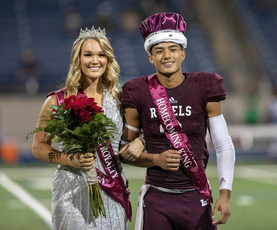 Paige Low is crowned homecoming queen and Karl Taylor is crowned homecoming king on Friday, Sept. 13, 2019 at Grande Communications Stadium.   Jacy Lewis/Reporter-Telegram Photo: Jacy Lewis/Midland Reporter-Telegram