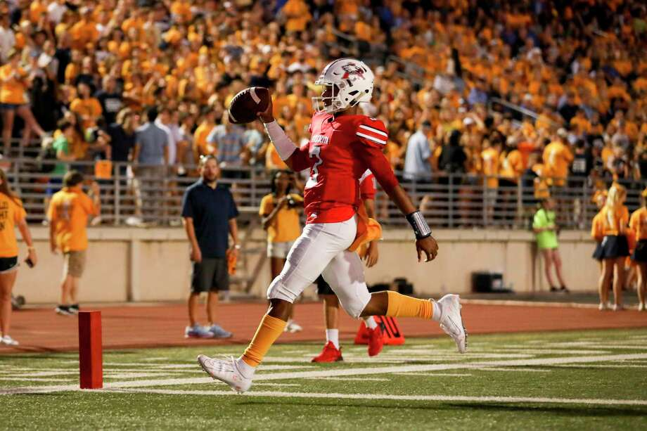 Atascocita Eagles quarterback Brice Matthews (3) runs into the end zone during a conference football game between the Kingwood Mustangs and the Atascocita Eagles on Friday, September 13, 2019 at Turner Stadium, Humble, TX. Photo: Katelyn Mulcahy, Houston Chronicle / Contributor / © 2019 Houston Chronicle