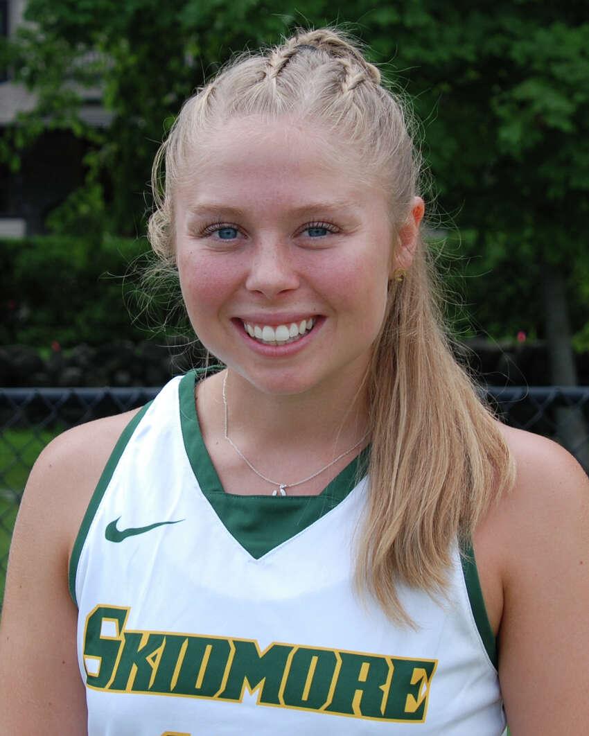 Saratoga High School graduate Sarah Winters of the Skidmore field hockey team. (Courtesy of Skidmore Athletics)