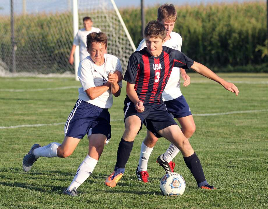 The Bad Axe Hatchets traveled to Unionville-Sebewaing on Monday and left with a 4-1 victory. Photo: Mark Birdsall/Huron Daily Tribune