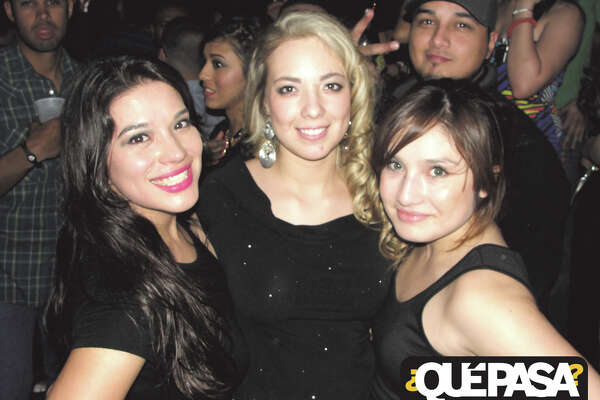 Jeaneth Vital,Daphne Galindo and Elizabeth Sanchez at F-Bar 2013 ¿Qué Pasa? Out & About Galleries