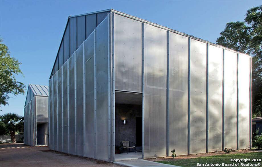 110 Biering Ave San Antonio, TX 78210  Listing Price: $649,000 Bedroom: 4 Bathroom:4 Full bath, 2.5 Bath For the full listing,click here  Photo: HAR.com