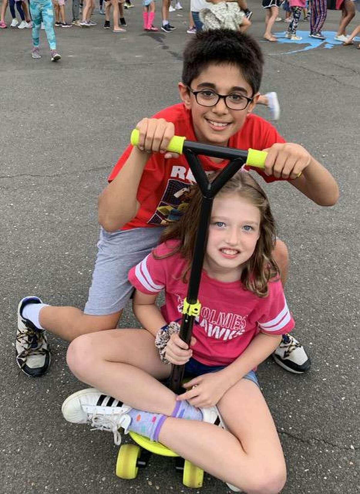 Fourth graders Arjun Sukhrani and Katelyn Nugent