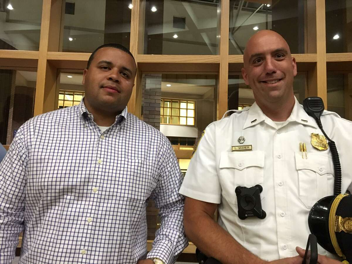 Elm city Local President Florencio Cotto and Lt. Sean Maher at aldermanic vote on police contract.