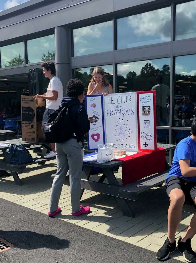 Darien High School recently held its annual clubs and activities fair. Photo: Darien High School