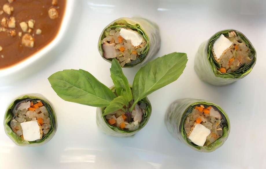 Fresh vegetable rolls at Le Colonial, a French-Vietnamese restaurant in S.F. Photo: Liz Hafalia / The Chronicle