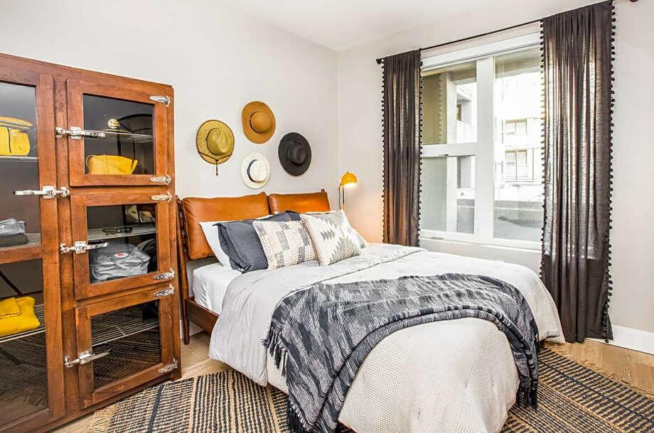 180 Third St. | Photos: Apartment Guide