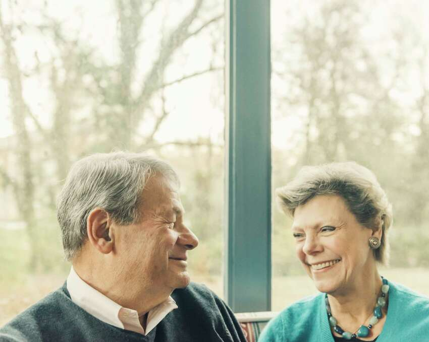 FILE -- Cokie Roberts and her husband, Steve, at their home in Bethesda, Md., Nov. 20, 2017. Roberts, the longtime journalist and commentator for ABC News and NPR, died on Sept. 17, 2019, in Washington. She was 75. ABC News announced her death. The cause was complications of breast cancer. (Jared Soares/The New York Times)