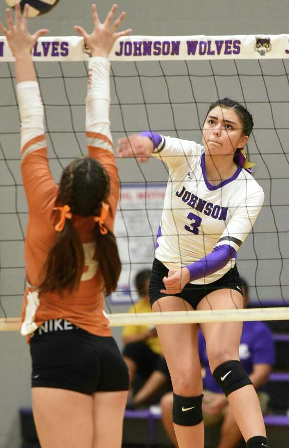 Yaretzi Ortiz had a game-high 18 kills along with 10 digs and 10 points as LBJ swept rival United South Friday to claim sole possession of third place in District 29-6A. Photo: Danny Zaragoza /Laredo Morning Times File