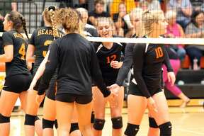 Harbor Beach takes down the visiting Ubly Bearcats in straight sets on Tuesday, Sept. 17.