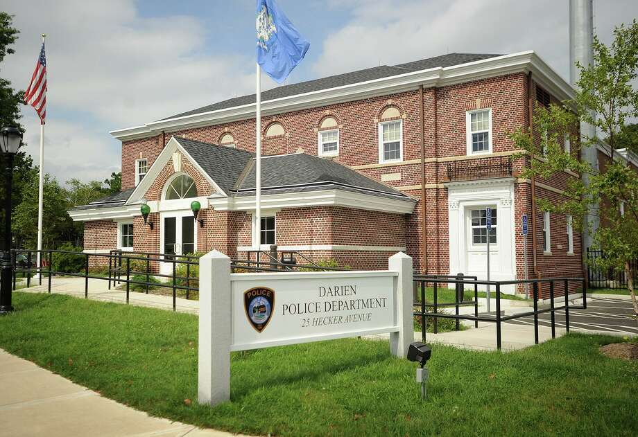 The Darien Police Department at 25 Hecker Avenue in Darien, Conn on Tuesday, September 3, 2013. Photo: Brian A. Pounds / Brian A. Pounds / Connecticut Post