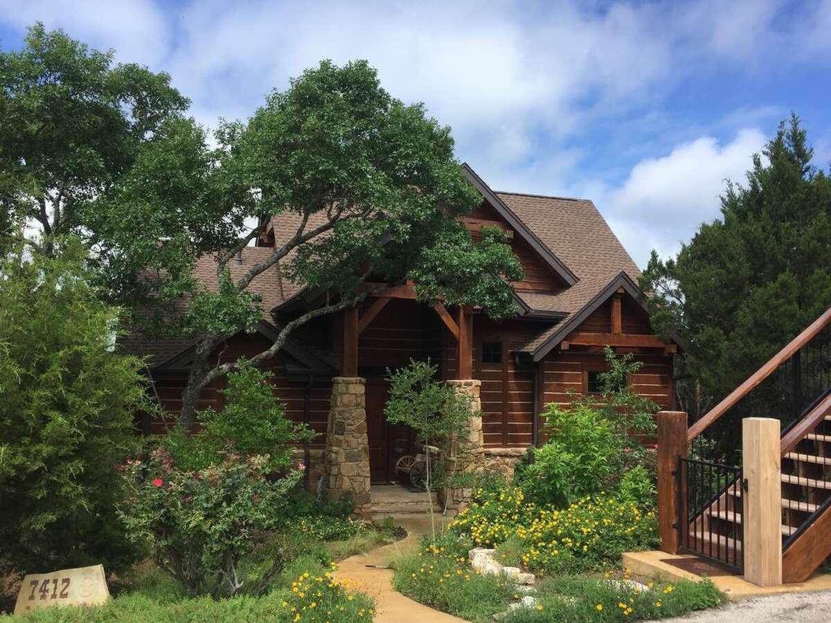 Lake Travis Lodge Where: Lago Vista Average price per night: $300 Sleeps: 9 Price per person: $33