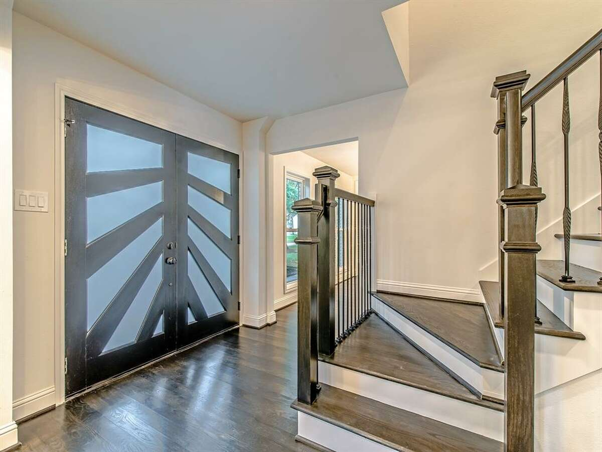 Memorial West:14918 Carolcrest Drive Price: $499,995 Square footage: 3,070