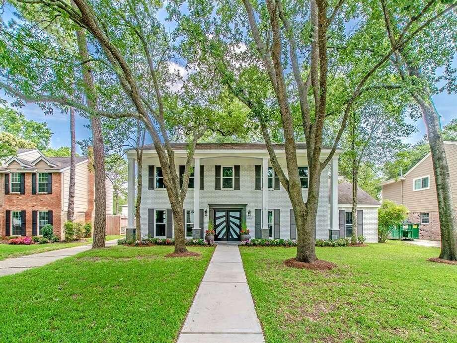 Memorial West:14918 Carolcrest Drive Price: $499,995 Square footage: 3,070 Photo: Houston Association Of Realtors
