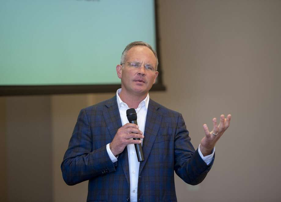 Businessman Collin Sewell talks about IDEA Public Schools at the Ector County Republican Women's luncheon Wednesday, Sept. 18, 2019 at the Odessa Country Club. Photo: Jacy Lewis/Reporter-Telegram