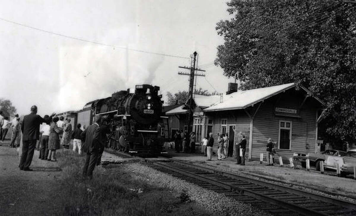 The Golden Spike Train as it rolled in to the Nickel Plate Station on May 10, 1969.