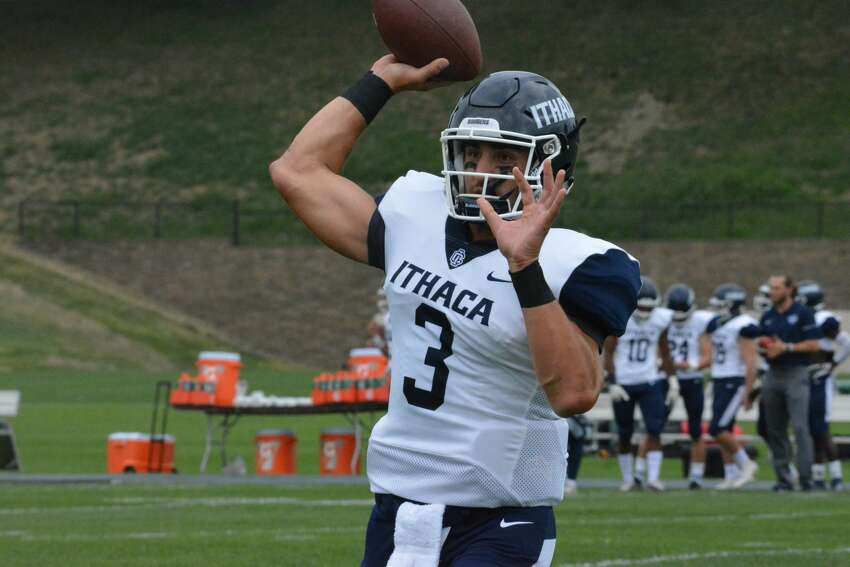 La Salle Institute graduate Joe Germinerio of the Ithaca football team. (Courtesy of Ithaca College)