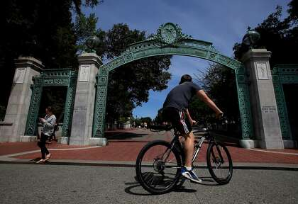 University of California divests from fossil fuels, calls new energy sources more attractive