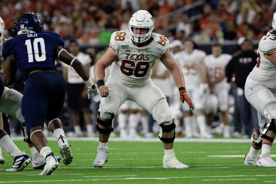 Over the past four seasons, Texas senior Derek Kerstetter has made starts at right tackle, right guard and center. He's now entrenched in the middle of the Longhorns' offensive line. Photo: Eric Gay, STF / Associated Press / Copyright 2019The Associated Press. All rights reserved