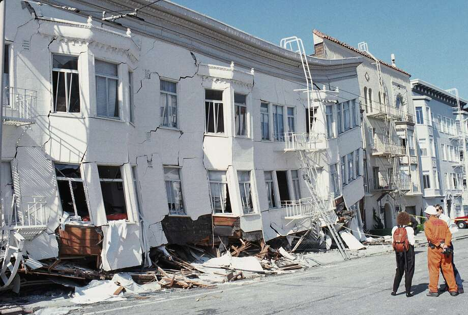 General view of San Francisco's Marina district disaster zone after the 1989 Loma Prieta earthquake, measuring 7.1 on the Richter scale. (Photo by Otto Greule Jr /Getty Images) Photo: Otto Greule Jr
