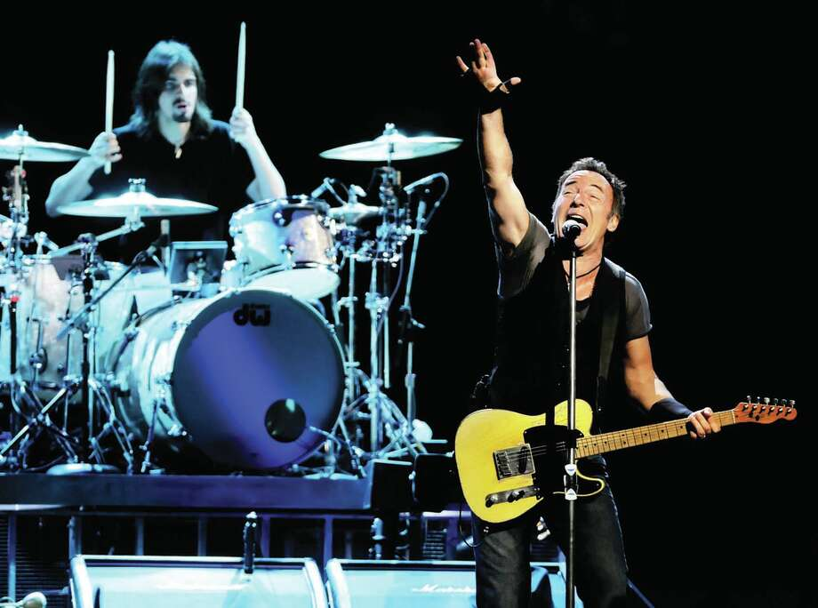 Bruce Springsteen performs with the E Street Band to a sold-out crowd on Thursday, May 14, 2009, at Times Union Center in Albany, N.Y. (Cindy Schultz / Times Union) Photo: CINDY SCHULTZ, ALBANY TIMES UNION / 00003866A