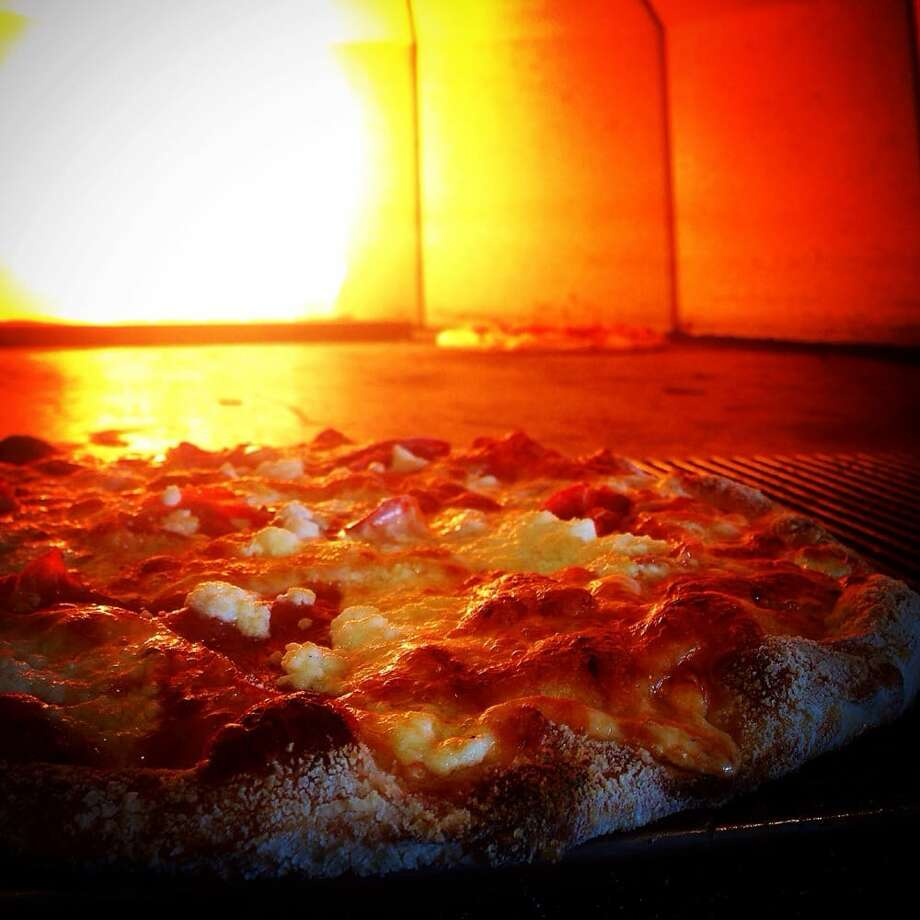 Alibi Room Daily 4-6 p.m., Sun-Thurs 10 p.m.-1 a.m.; Pizzas ($6-$7 bites, $4.50 drafts) Photo: Richard G/Yelp