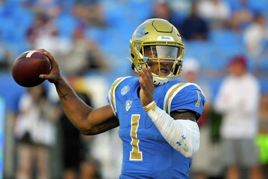 UCLA quarterback Dorian Thompson-Robinson looks for a receiver during the first half of the team's NCAA college football game against Oklahoma on Saturday, Sept. 14, 2019, in Pasadena, Calif. Photo: Mark J. Terrill, AP / Copyright 2019 The Associated Press. All rights reserved.