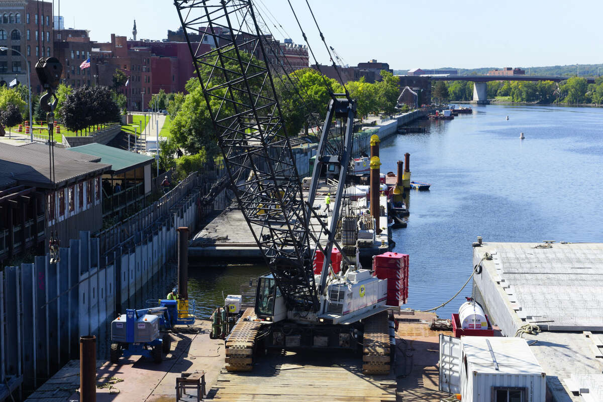 Work continues on the repair of the seawall in the Hudson River, seen here on Thursday, Sept. 19, 2019, in Troy, N.Y. (Paul Buckowski/Times Union)