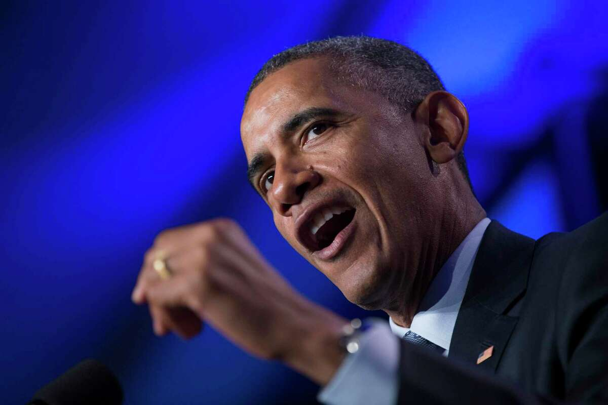 President Barack Obama's decisions during the financial crisis offer a cautionary tale for Democrats now choosing between Joe Biden and progressives who had pushed for policies that would have better benefited the middle and lower classes.