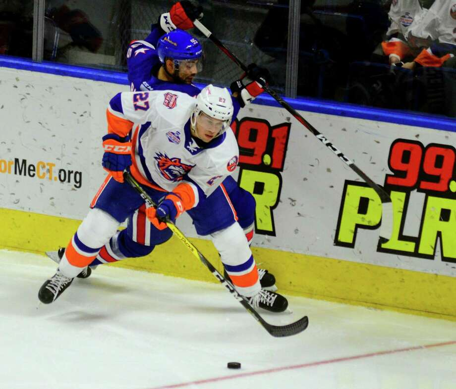 Parker Wotherspoon will return to the Bridgeport Sound Tigers after he was cut by the New York Islanders on Thursday. Photo: Christian Abraham / Hearst Connecticut Media / Connecticut Post
