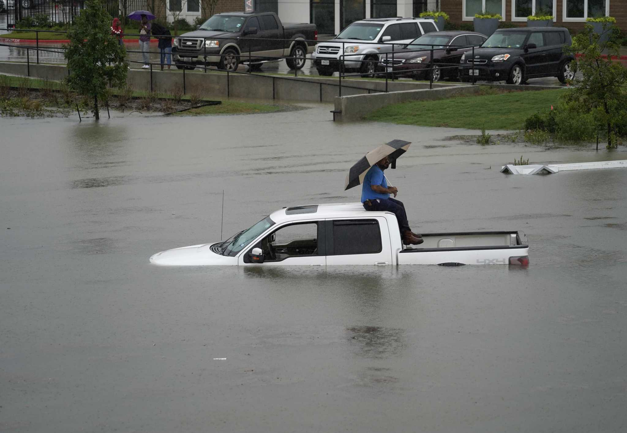 Houstonians 'heeded advice' on Imelda, mostly stayed off roads, officials say