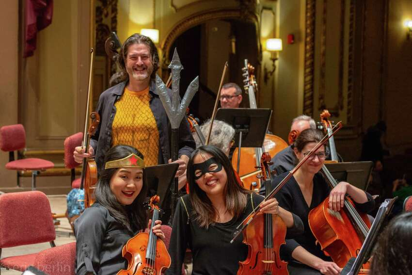Super hero viola section! Bottom Left - Yumi Oshima, Bottom Right - Tina Chang-Chien, Center - Artie Dibble Cellist - Marie-Therese Dugre (Eric M. Berlin)