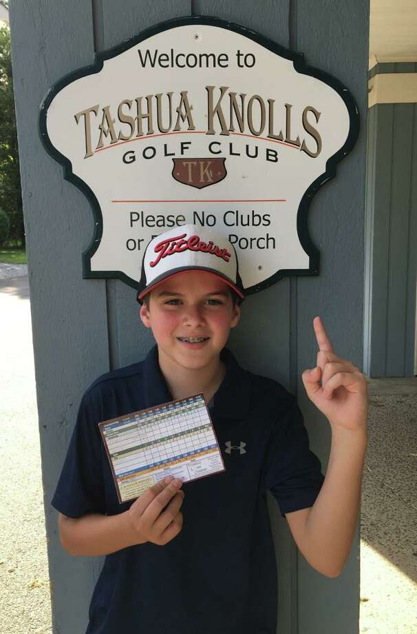 Mark Lumpinski captured the 12U Junior Golf Club championship at Tashua Knolls. Photo: Contributed Photo / Tashua Knolls Golf Course / Trumbull Times