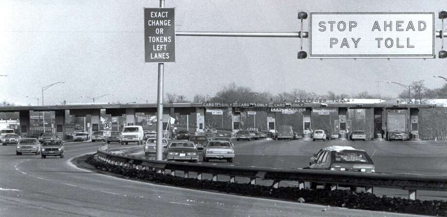 The Stratford toll plaza, on I-95 in Stratford, before it closed in the 1980s. Photo: File Photo / Connecticut Post File Photo